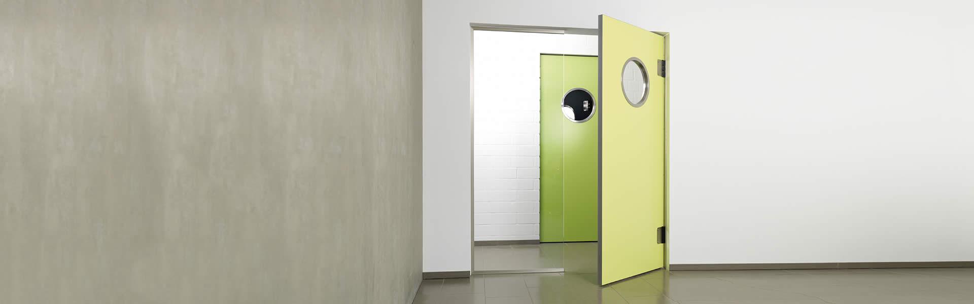 Green trafficdoor Grothaus